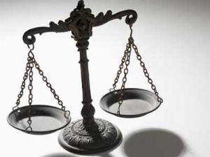 wpid-legal-scales3